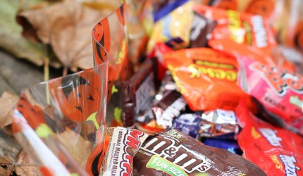 Candy, Halloween, What to Do, Too Much, Donate, Craft, Ideas, Anoka, Minnesota, MN, Candy Shop, Store, Catering, Buffet