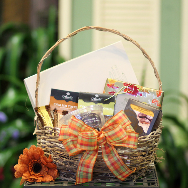 candy delivery gift basket