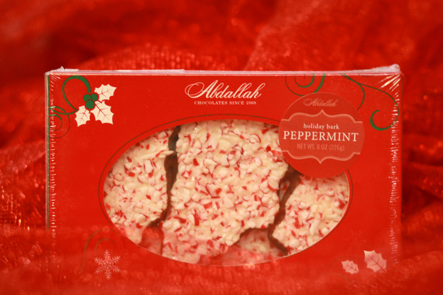 chocolate peppermint bark christmas candy gift