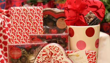 Valentines Day, Candy, Gifts, Ideas, Chocolate, Local, Small, Anoka, Twin Cities, Abdallah, Locally Made, Blaine, Minneapolis, Unique, Coon Rapids, Maple Grove, Ramsey, Area, Near, By, Champlin, VDay, Shop, Sweet River Candy